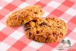 Овсяное печенье с джемом и арахисовым маслом
